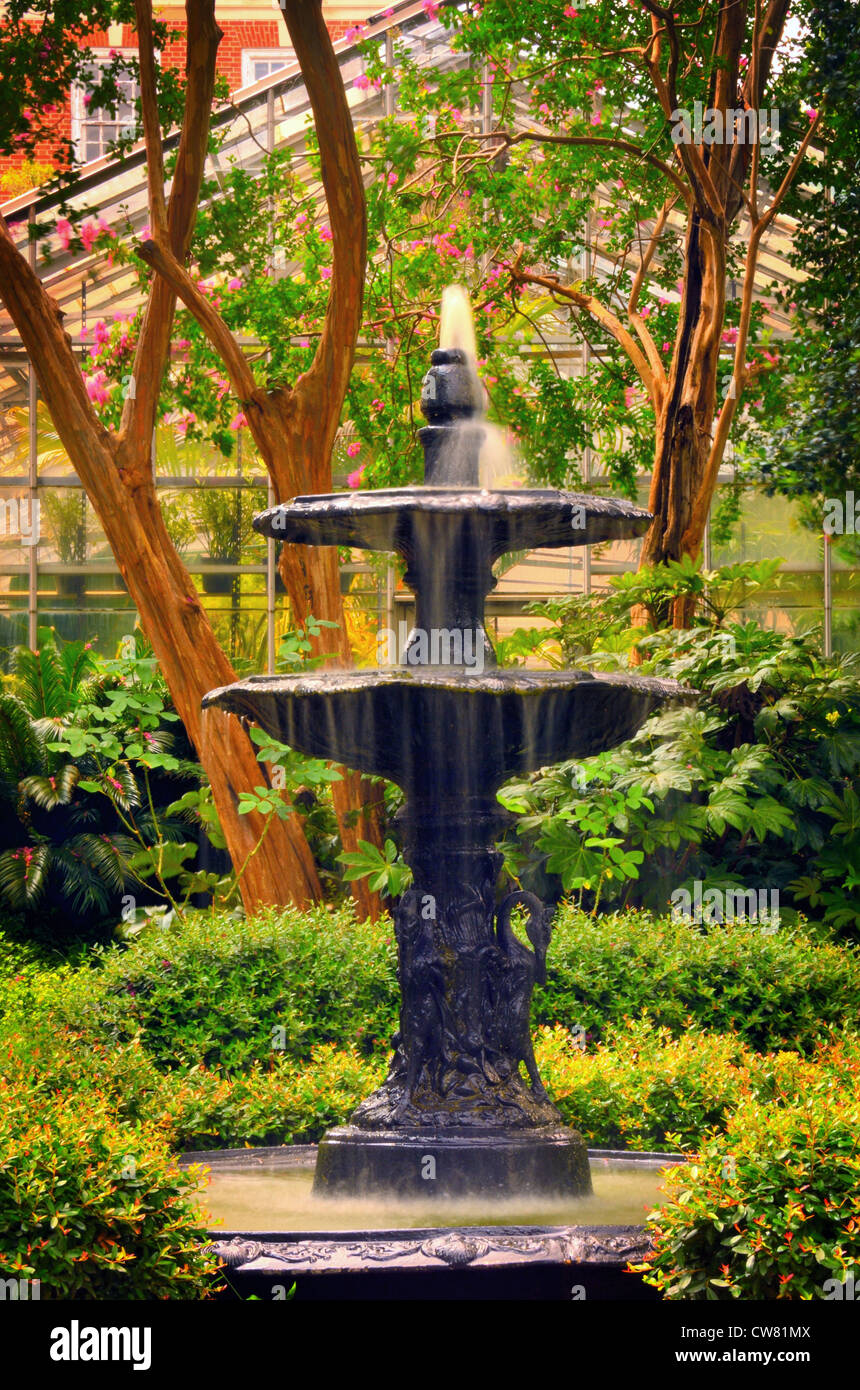 Fountain in on the campus of University of Columbia in Columbia, South Carolina, USA - Stock Image