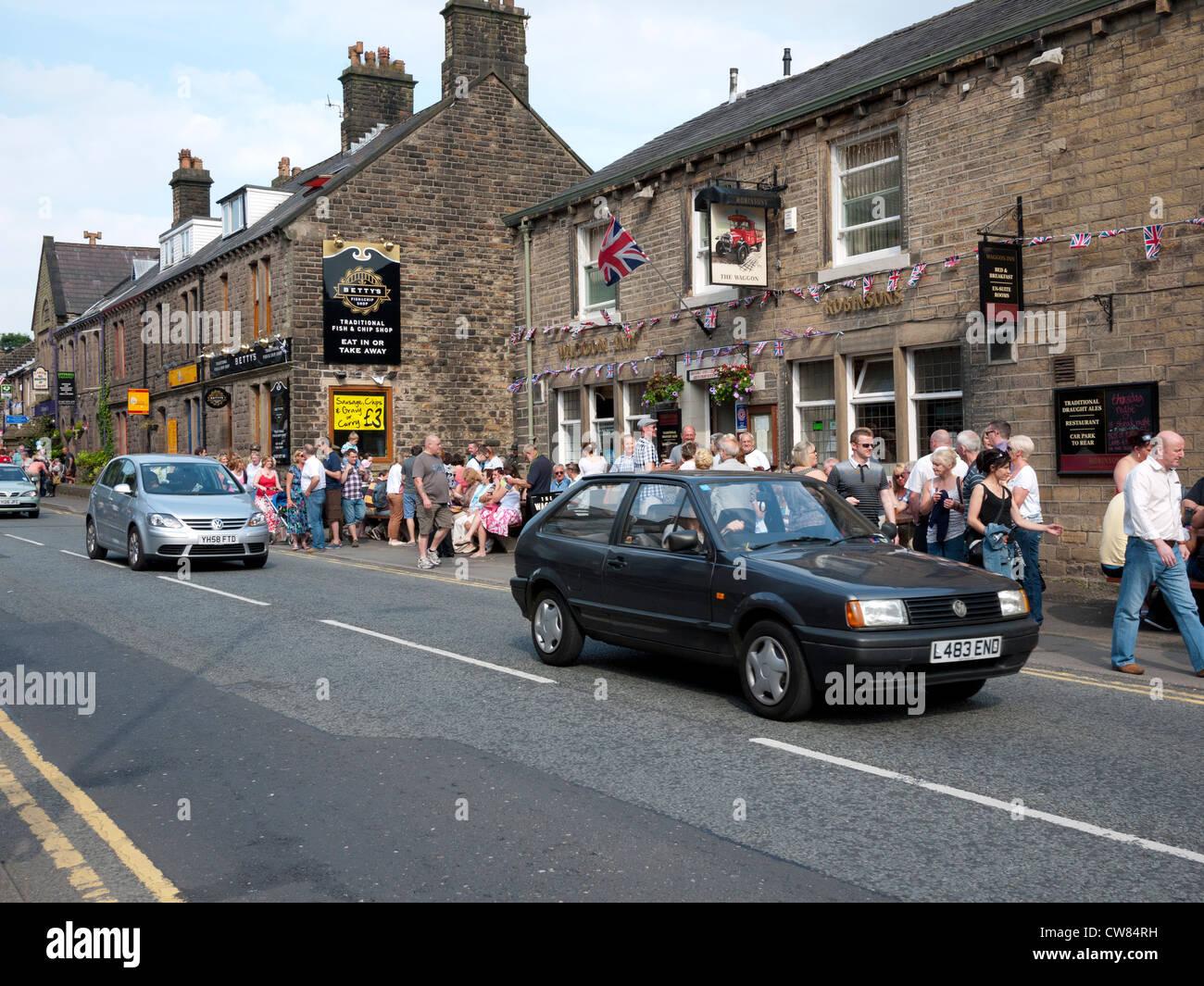 Uppermill Pub scene, Uppermill, Saddleworth, Greater Manchester, England, UK. - Stock Image