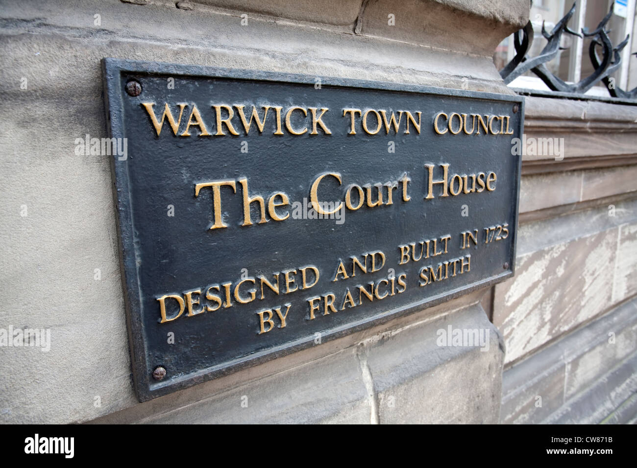 The Court House sign, Warwick Town Council building, Warwick town centre. - Stock Image