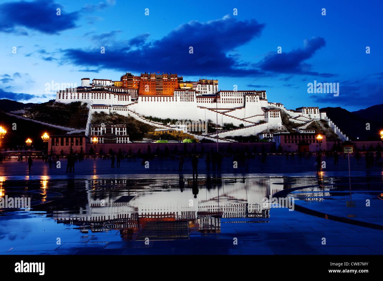 The Potala Palace in Lhasa, Tibet - Stock Image