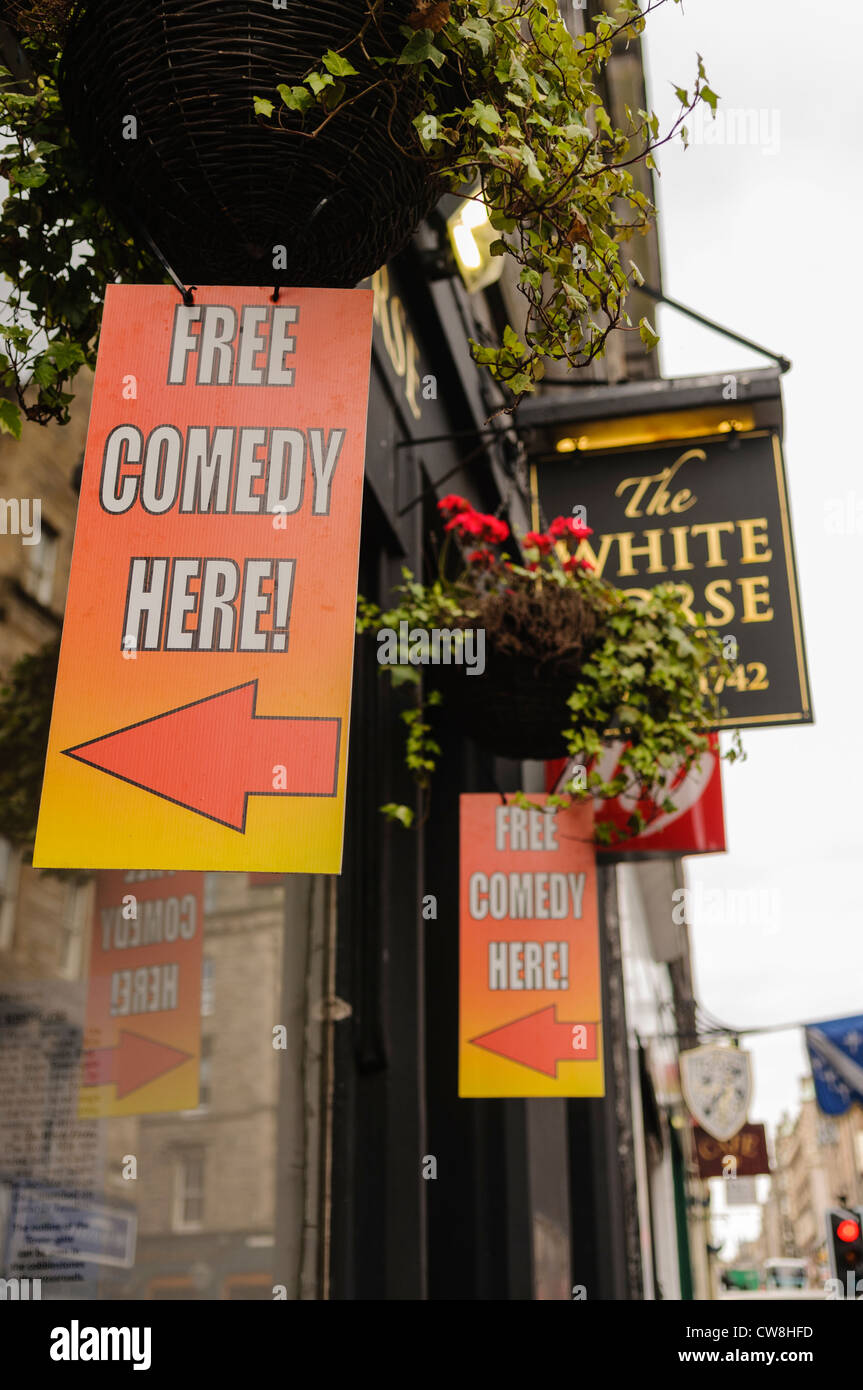 Signs advertising free comedy events outside the White Horse pub in Edinburgh Stock Photo