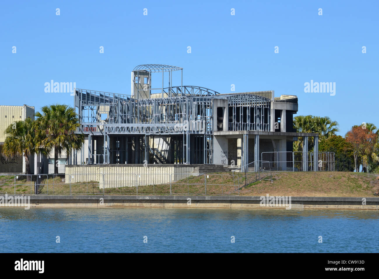 Steel Frame Home Stock Photos & Steel Frame Home Stock Images - Alamy