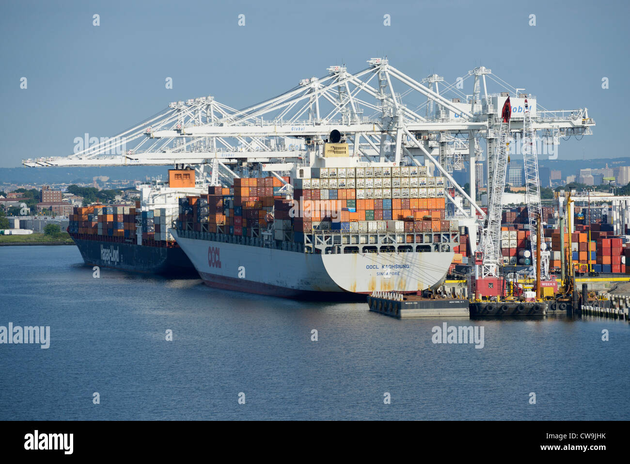 Container ships, Bayonne, New Jersey - Stock Image