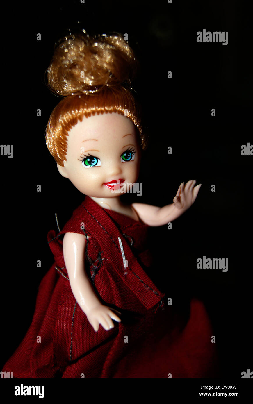 Cute Smiling Barbie Doll Girl Saying Hai Hello With Hands