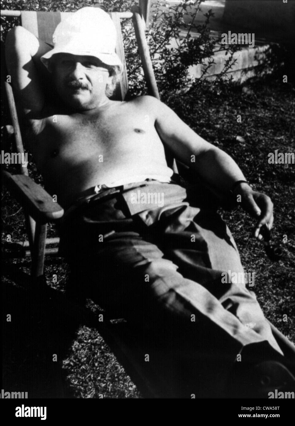 Albert Einstein in Palm Springs, California, 1930s. Courtesy: CSU Archives / Everett Collection - Stock Image