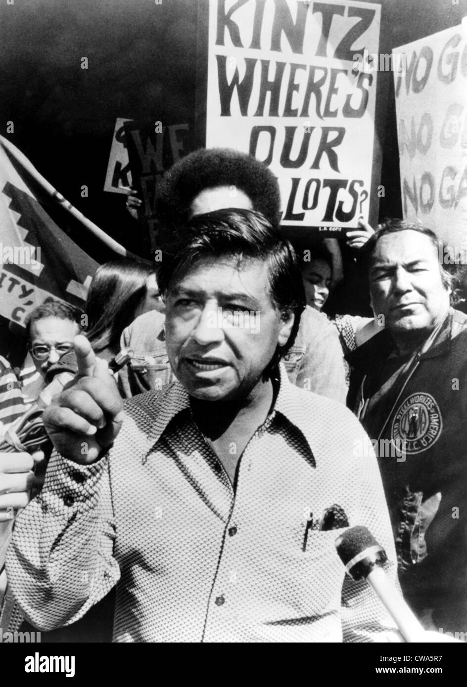Cesar Chavez in the fight for farm workers' rights, 1975. Courtesy: CSU Archives/Everett Collection - Stock Image