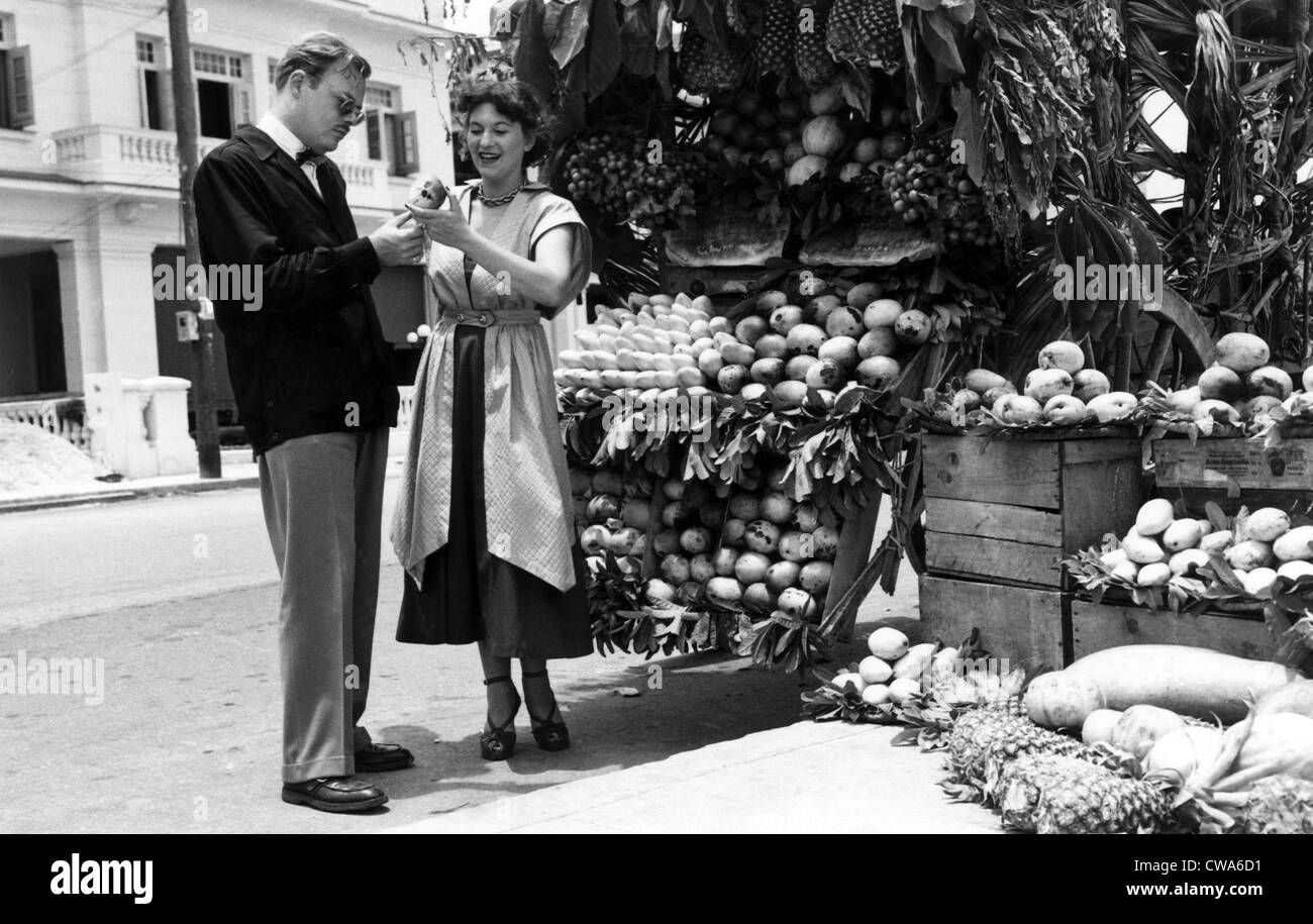 Typical fruit stand in Havana, Cuba, 1957. Courtesy: CSU Archives/Everett Collection - Stock Image