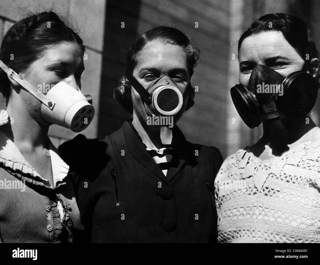 Dust masks worn during the Dust Bowl, 1936. Courtesy: CSU Archives/Everett Collection - Stock Image
