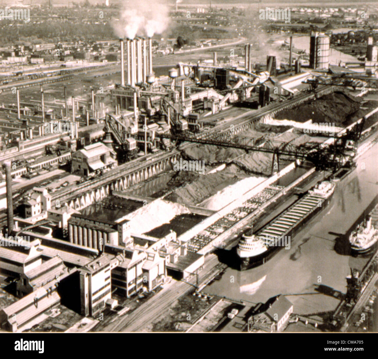 Ford Motor Co.  River Rouge Plant, 1940s. Courtesy: CSU Archives / Everett Collection - Stock Image