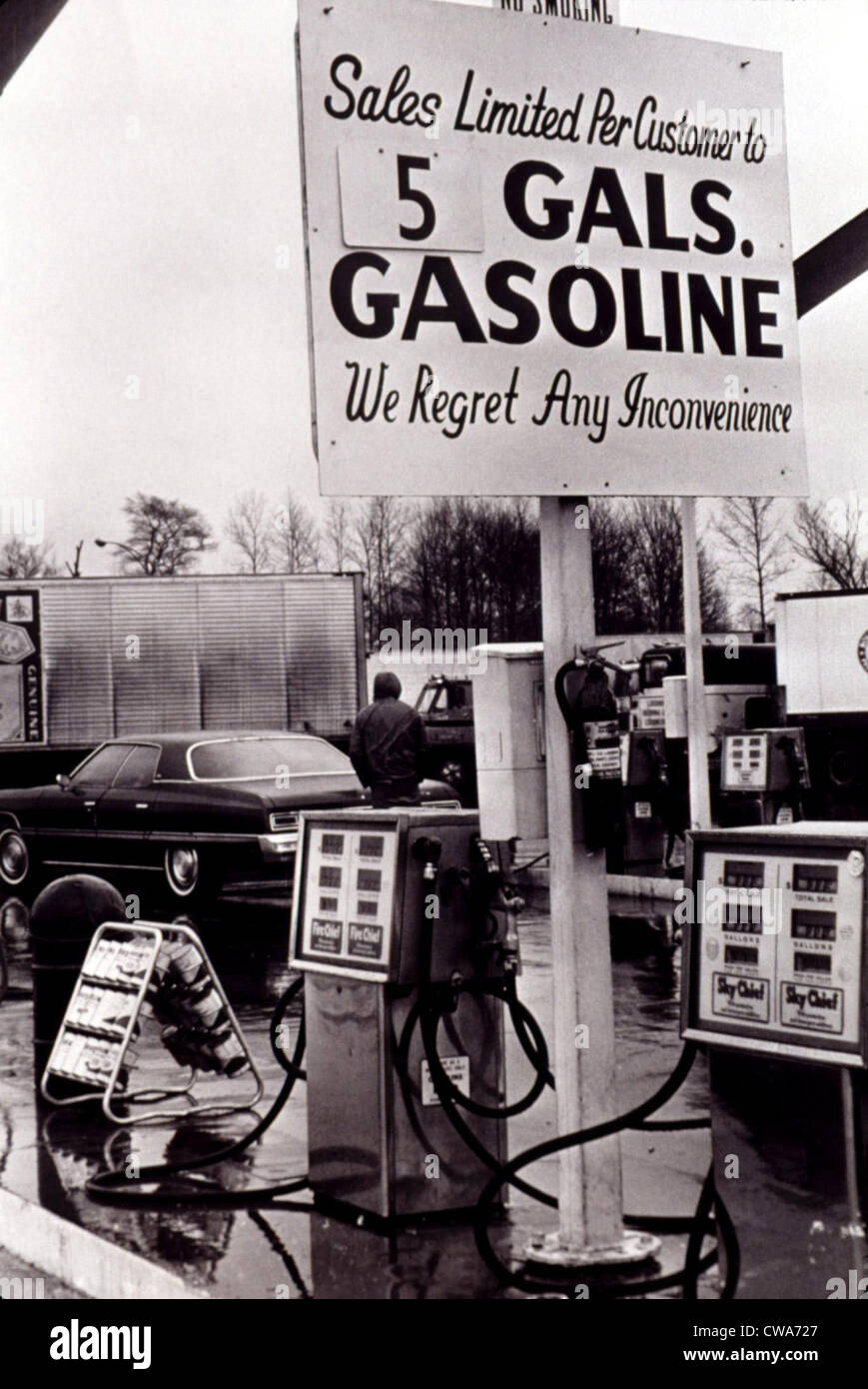 GAS SHORTAGE-Gasoline limit iin Ohio during shortage in 1974.. Courtesy: CSU Archives / Everett Collection - Stock Image