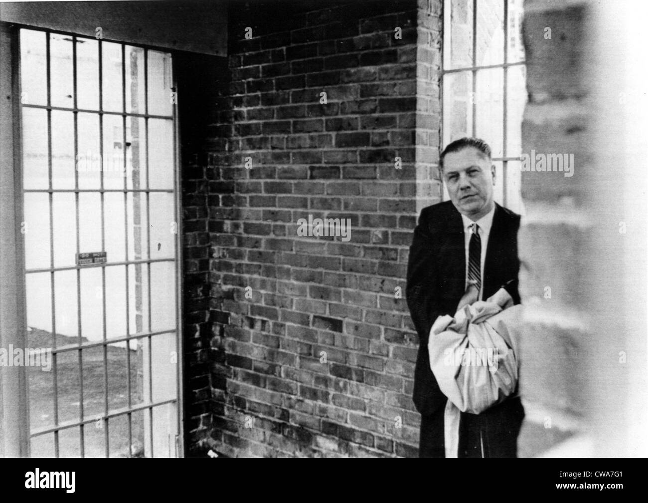 JAMES R.HOFFA- Teamsters Union chief entering Federal Prison to begin an 8-year sentence. Lewisburg, PA, 3/7/67. - Stock Image
