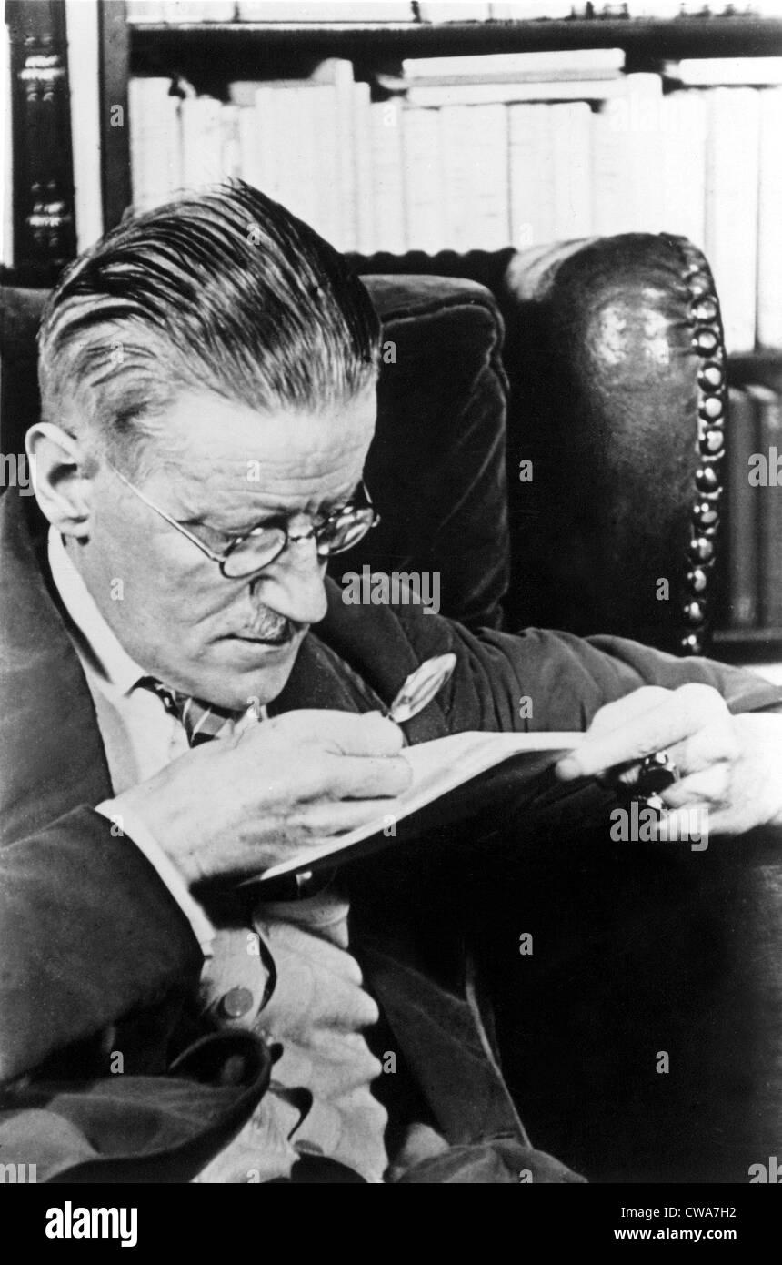 James Joyce, author.. Courtesy: CSU Archives / Everett Collection - Stock Image