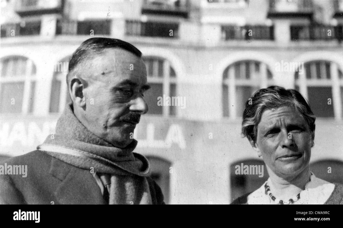THOMAS MANN-With his wife Katia. 1932. Courtesy: CSU Archives / Everett Collection - Stock Image