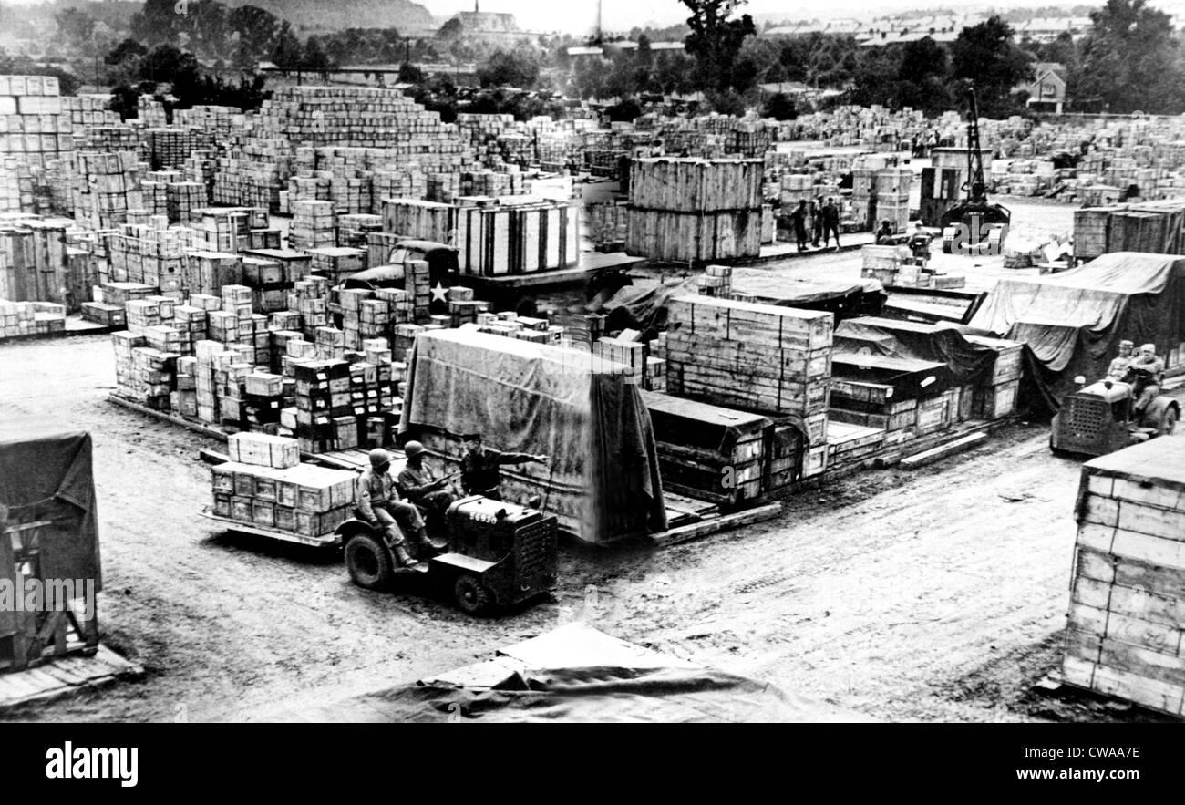 WORLD WAR II, Normandy Invasion supplies, circa 1944. Courtesy: CSU Archives / Everett Collection - Stock Image