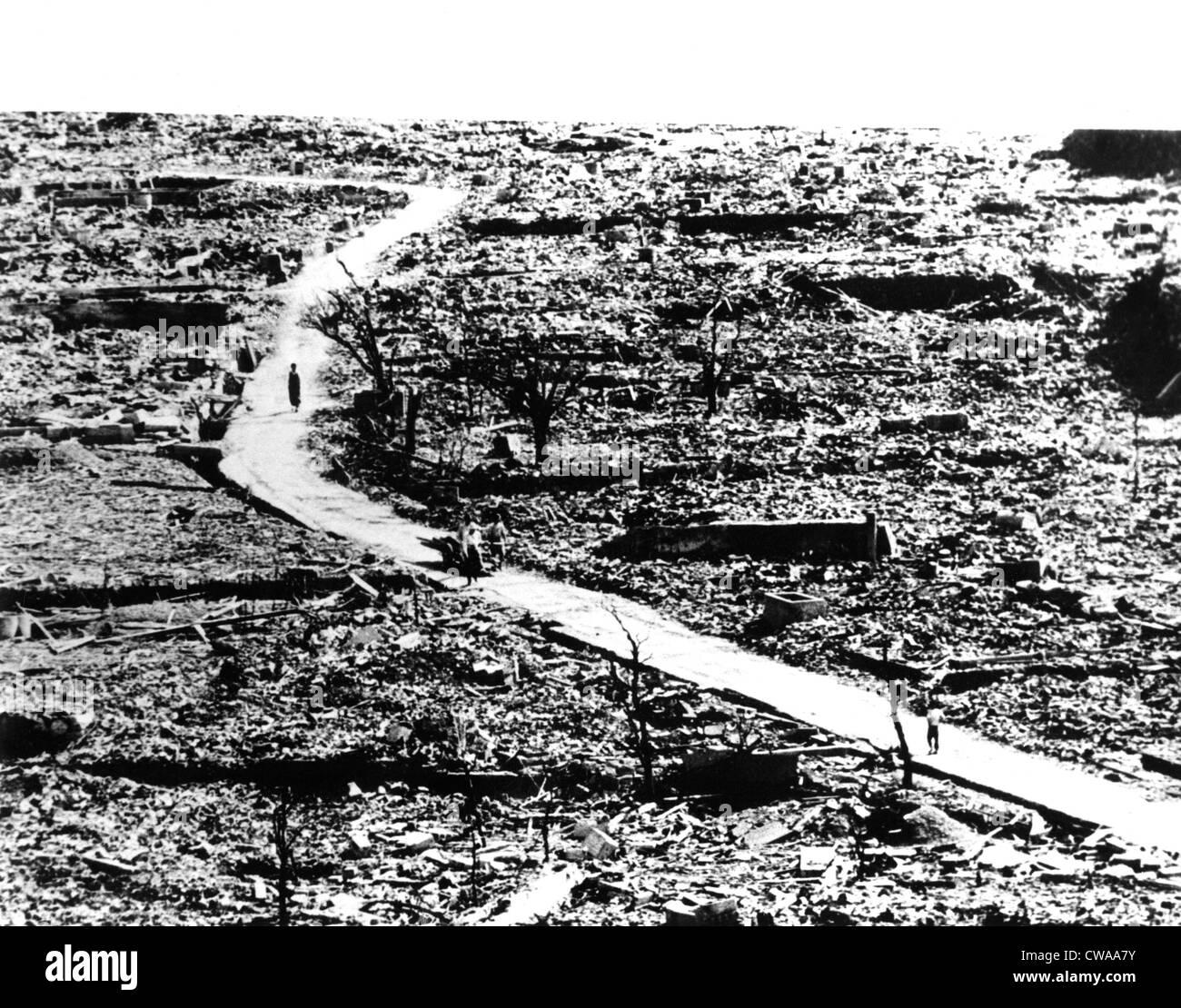 World War II, aftermath of Atomic Bomb hitting Nagasaki, Japan, ca. 1945. Courtesy: CSU Archives / Everett Collection - Stock Image