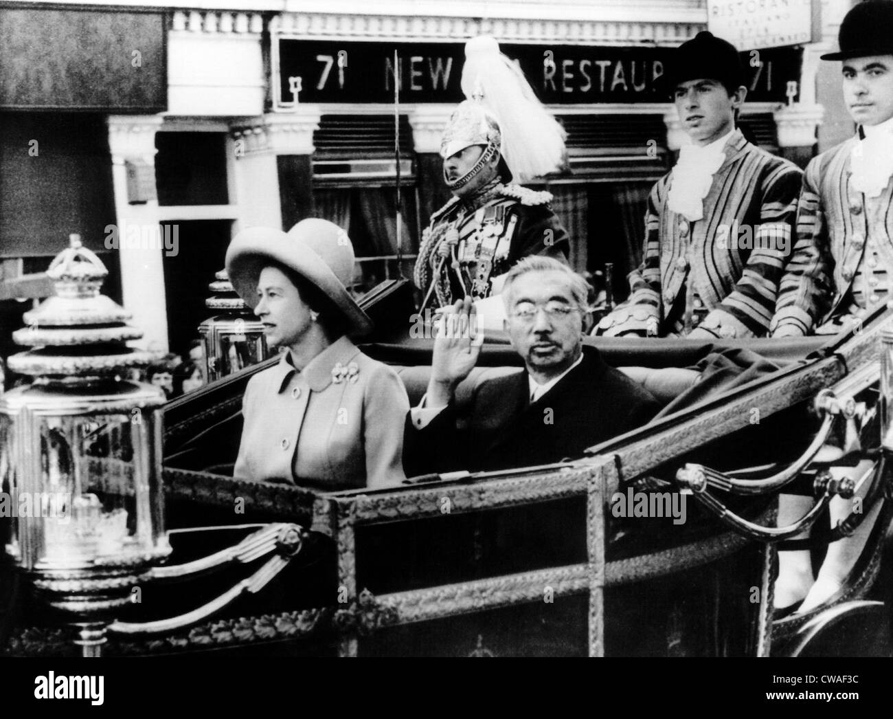 Queen Elizabeth and Emperor Hirohito, ride a carriage from Victoria Station to Buckingham Palace. London, England. - Stock Image