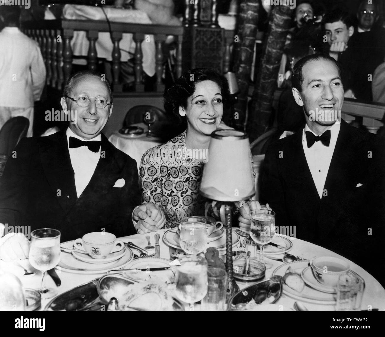 Jerome Kern, Dorothy Fields, George Gershwin. ca 1930s. Courtesy: CSU Archives/Everett Collection. - Stock Image
