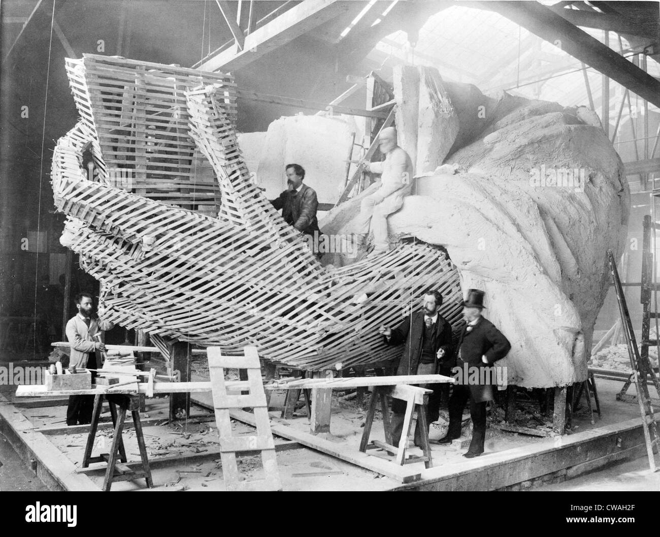 Frederic-Auguste Bartholdi (1834-1904), the French creator of the Statue of Liberty, explains the inner construction - Stock Image