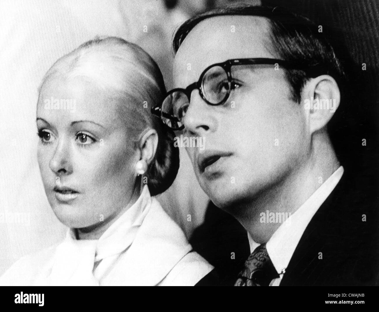 John W. Dean III (right), Maureen Dean (left), in the Senate Watergate Committee Hearing Room during Dean's - Stock Image