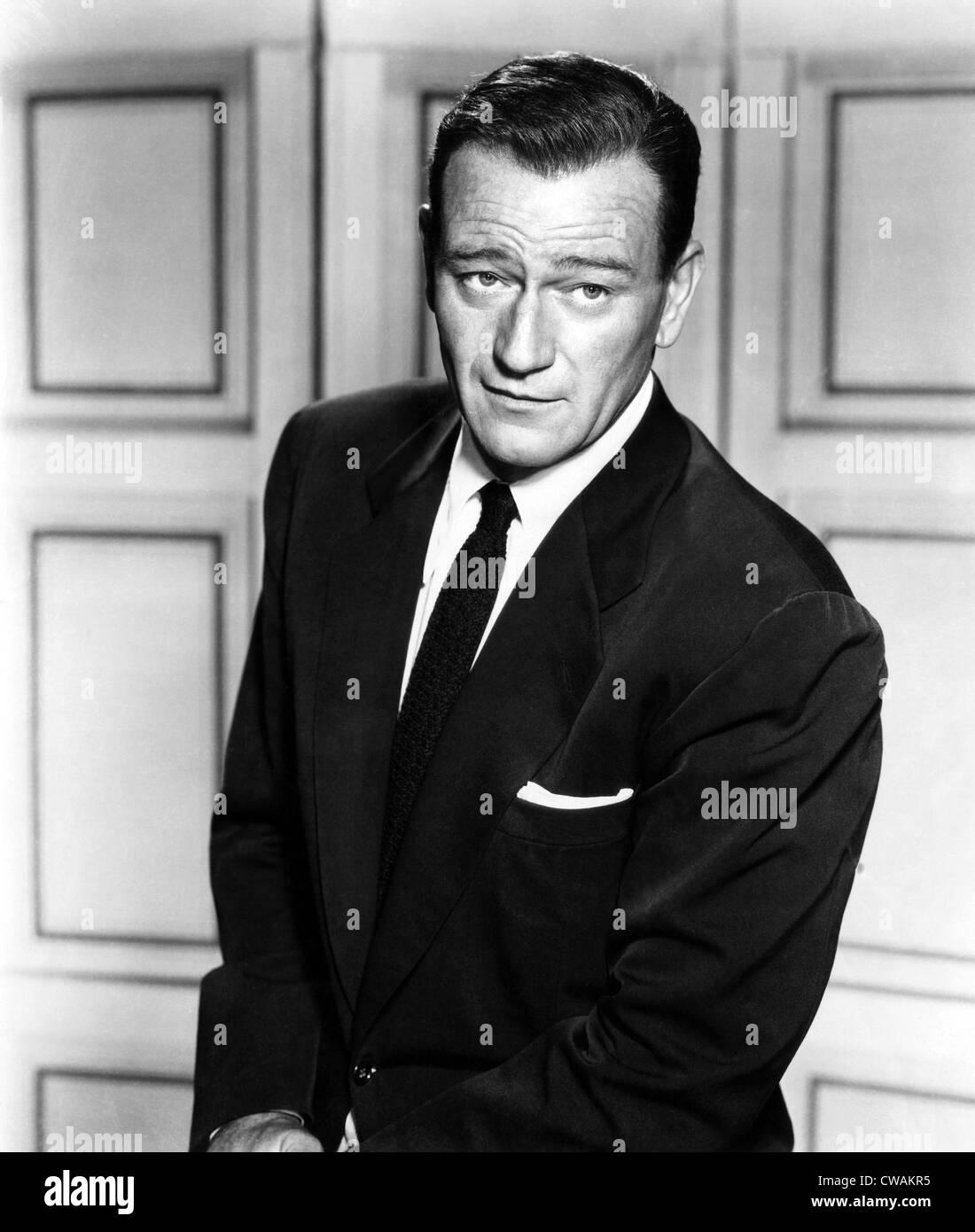 THE SEARCHERS, John Wayne, 1956.. Courtesy: CSU Archives / Everett Collection - Stock Image
