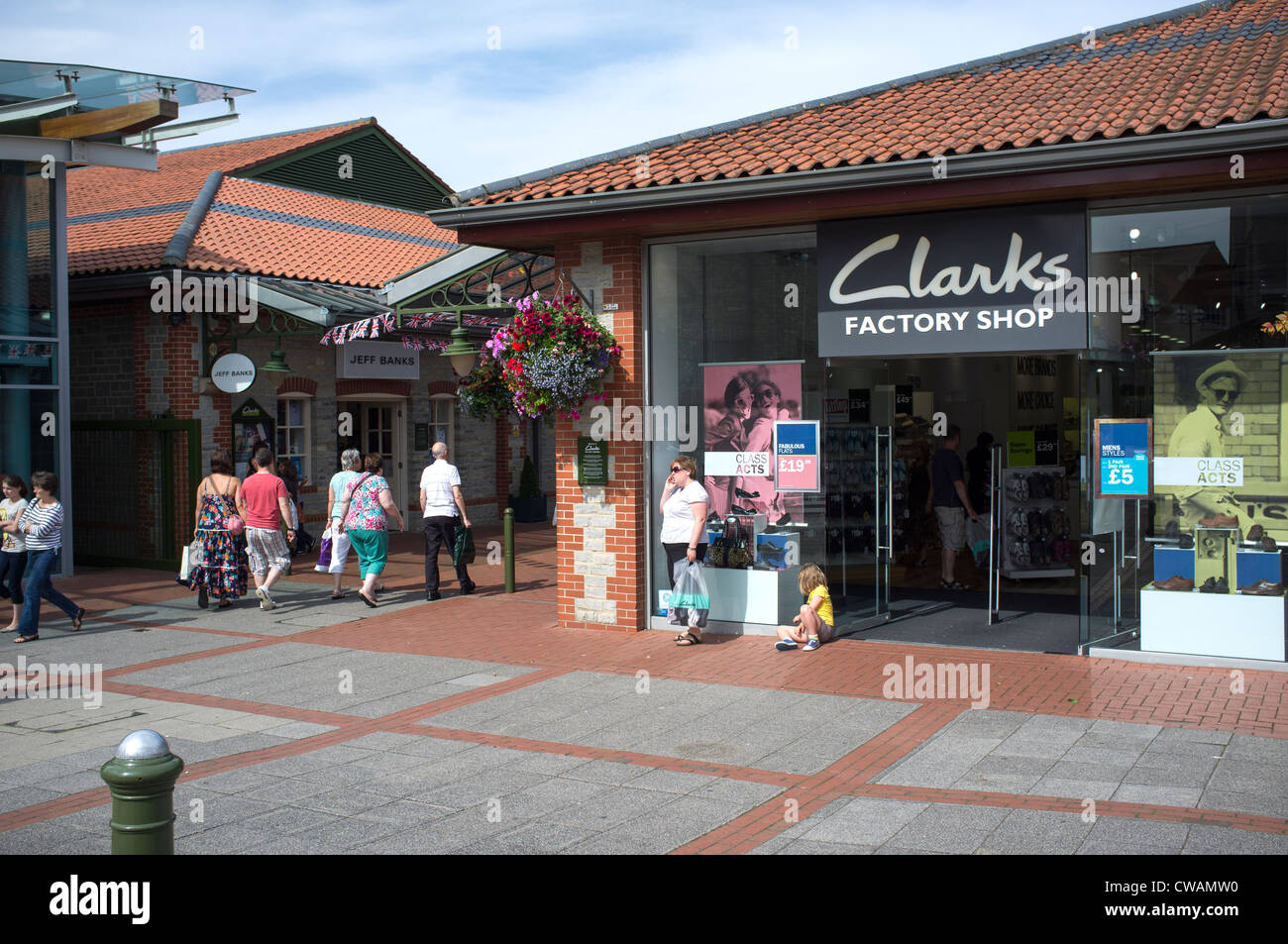 1c7a6fae4cc Clarks Village Shopping Outlet at Street Stock Photo: 50023036 - Alamy