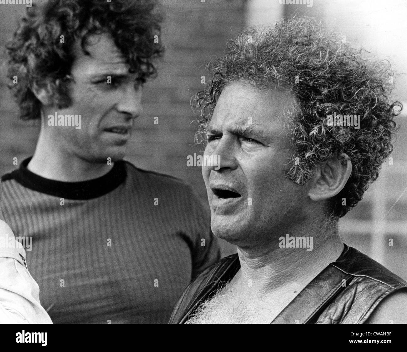 Rip Torn and writer-director Norman Mailer, on the set of MAIDSTONE, 1969. Courtesy: CSU Archives / Everett Collection - Stock Image
