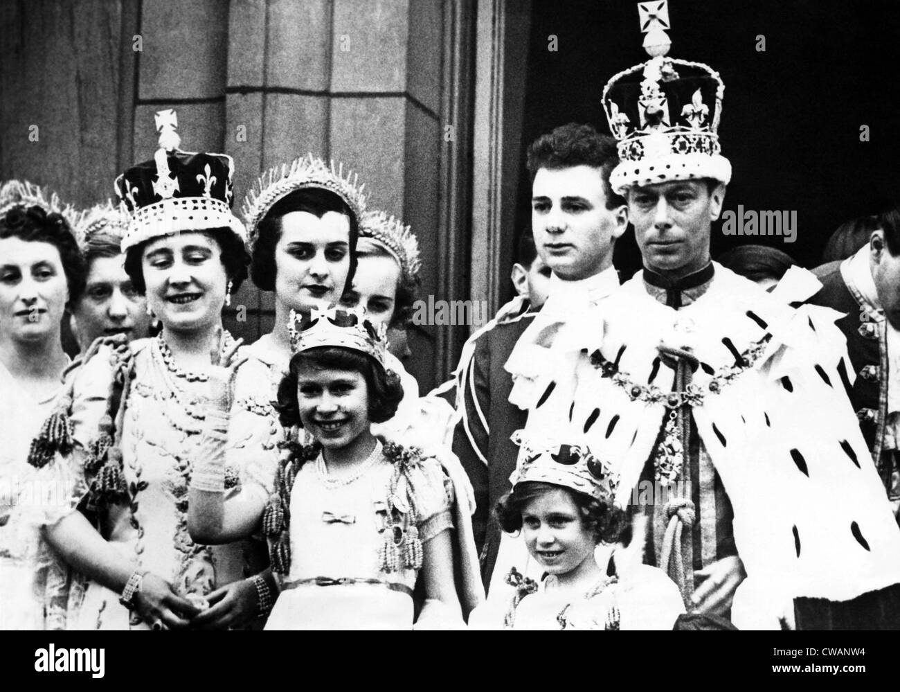 Coronation of King George VI: Front row, L-R: Queen Elizabeth (aka Queen Mother), Princess Elizabeth (the future - Stock Image