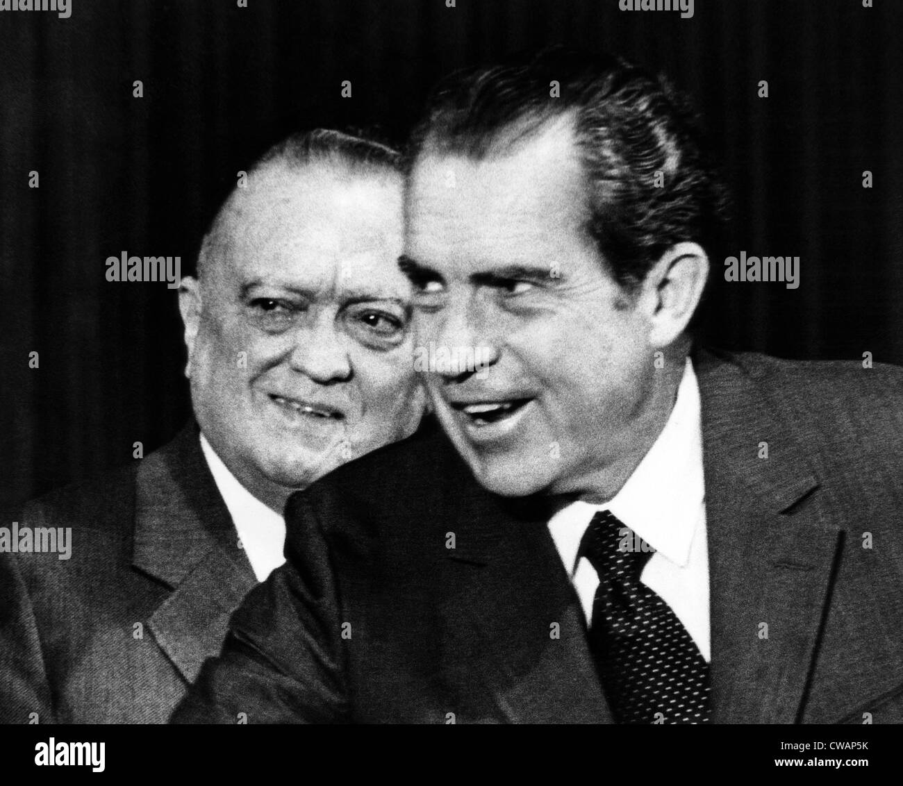 J. Edgar Hoover with President Richard M. Nixon, June 30, 1971. Courtesy CSU Archives/Everett Collection. - Stock Image
