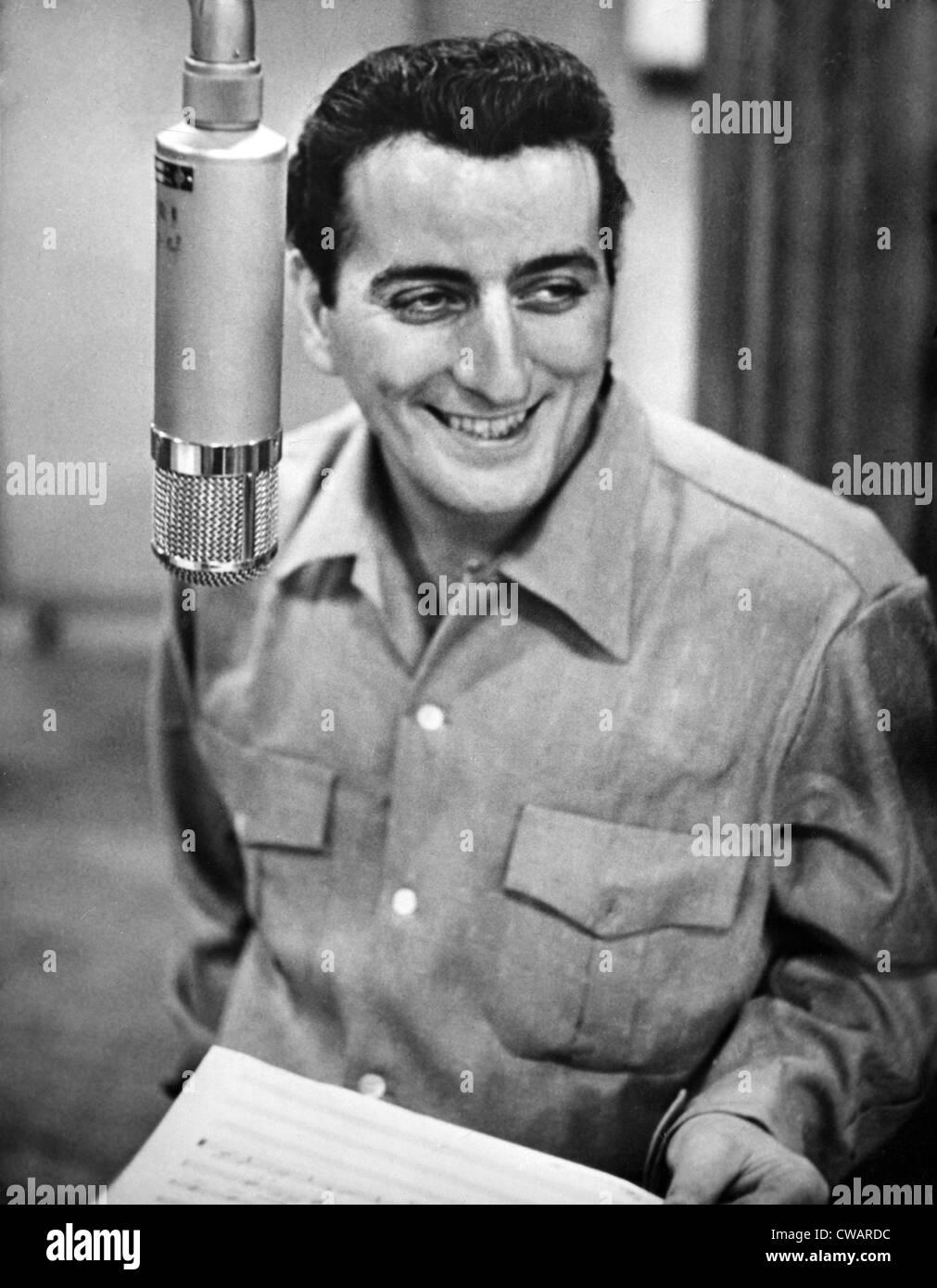 Tony Bennett, c. 1954.. Courtesy: CSU Archives / Everett Collection - Stock Image