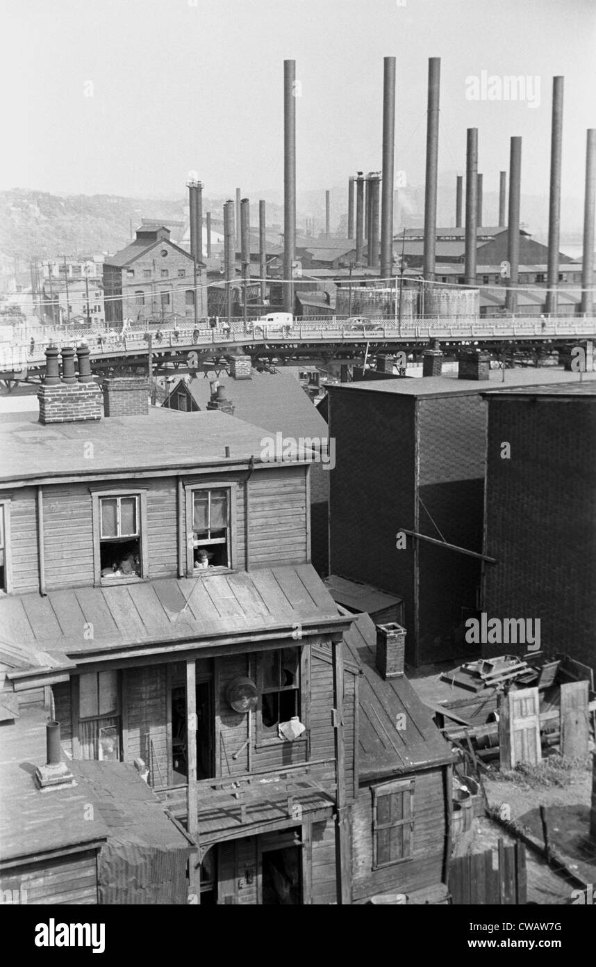 Slum housing near the steel mills of Pittsburgh, Pennsylvania. During the 1930s, the steelworkers unionized, but - Stock Image