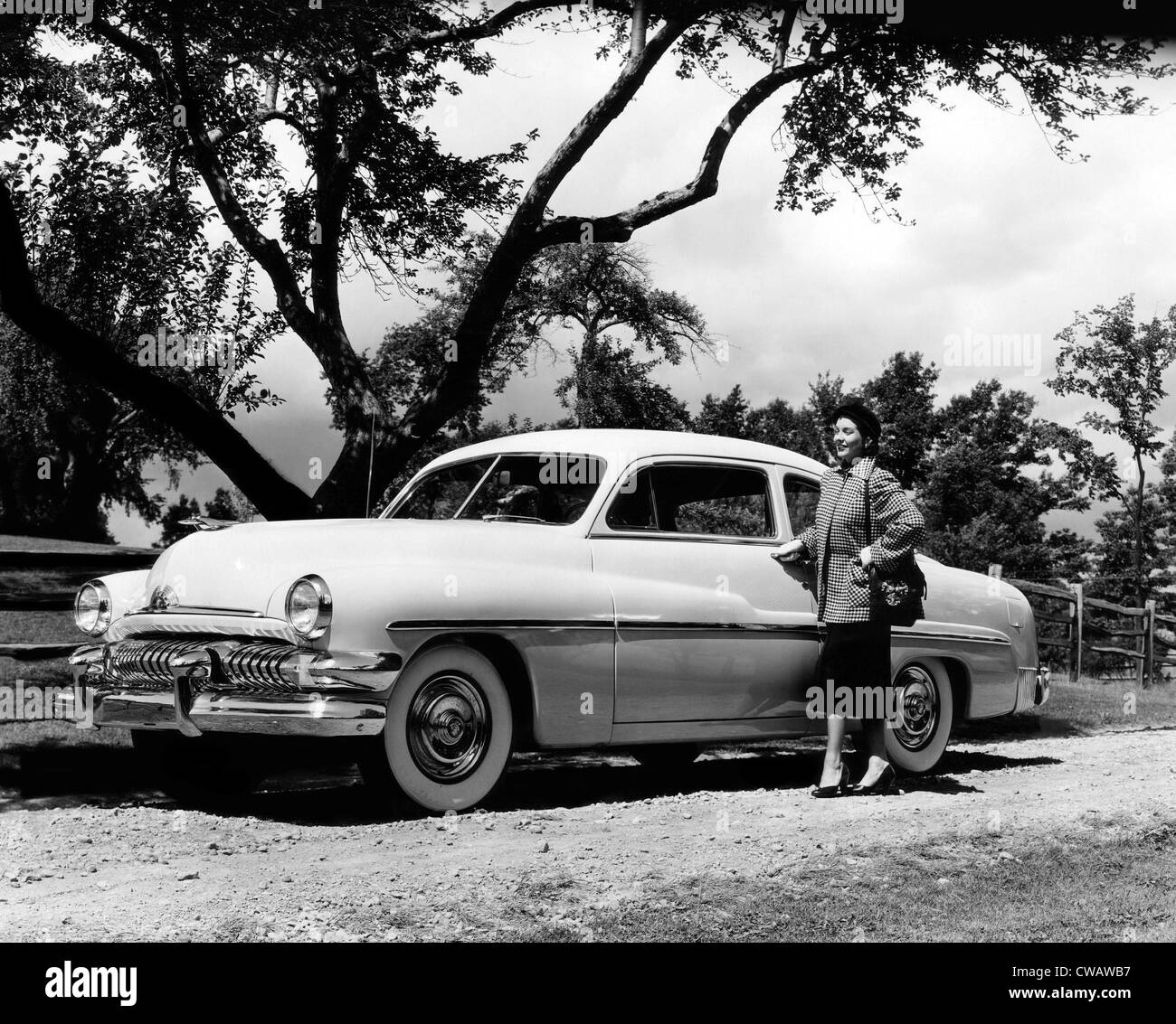 1951 Mercury six-passenger coupe with Ford's new automatic transmission. Courtesy: CSU Archives/Everett Collection - Stock Image