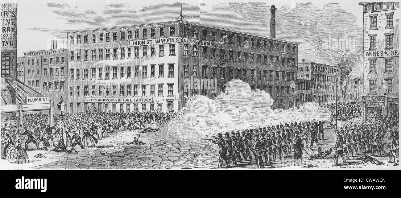 The Draft Riot battle on Second Avenue of July 16, 1863, in which Union troops opened fire on the mob, resulting - Stock Image