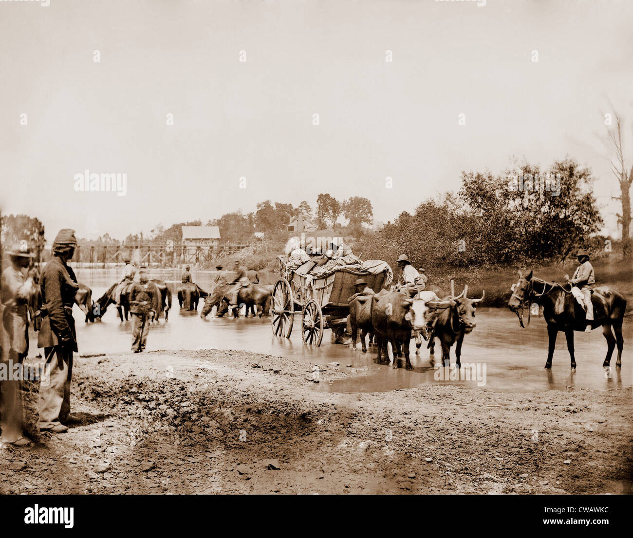 Fugitive African Americans fording the Rappahannock River in July-August 1862 as slaves took advantage of the Second - Stock Image