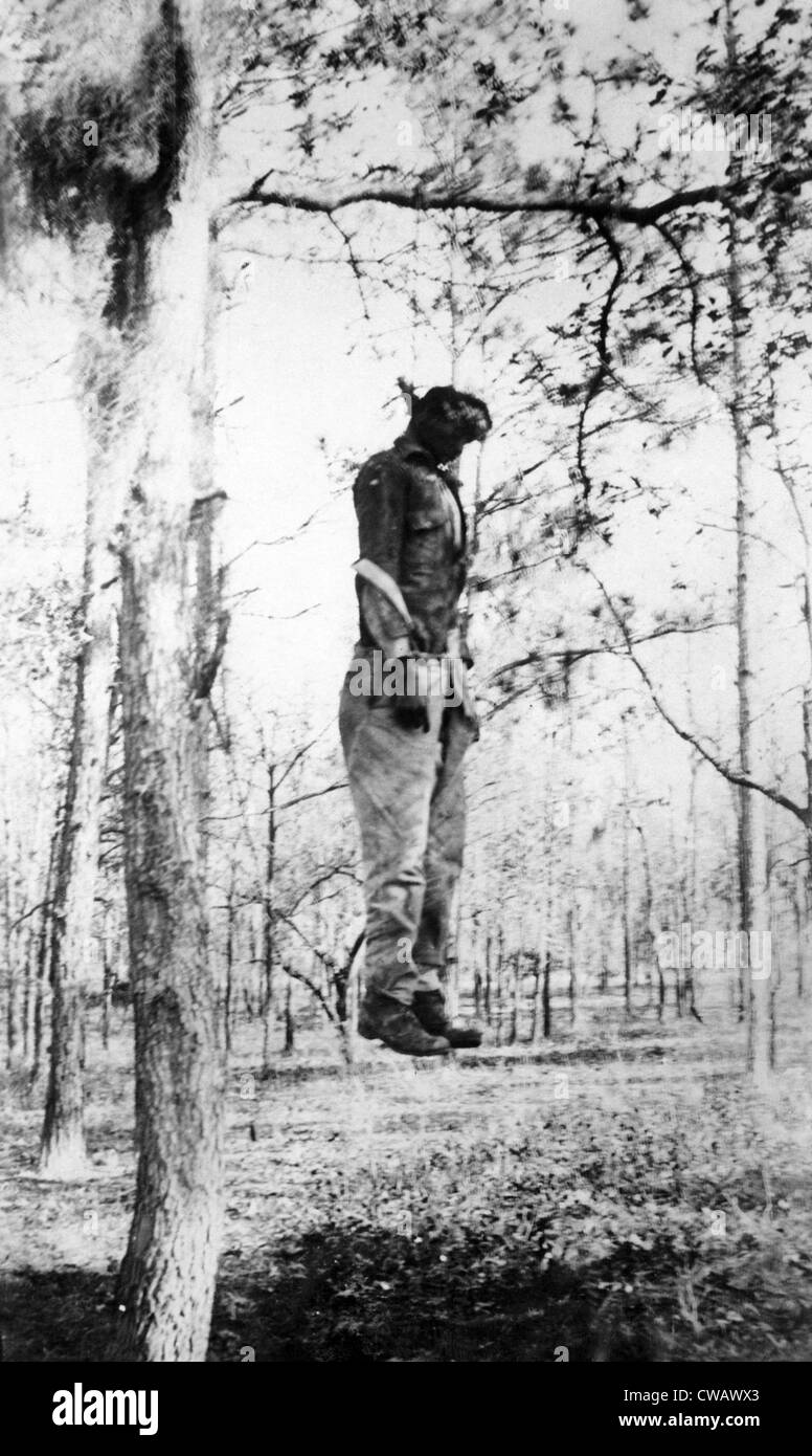 Lynching of Chandler Colding, an African American man charged with raping a 77 year woman. A masked mob of 250 men - Stock Image