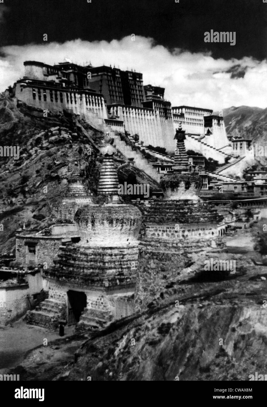 Lhasa, the capital of Tibet, circa 1930s. Courtesy: CSU Archives/Everett Collection - Stock Image