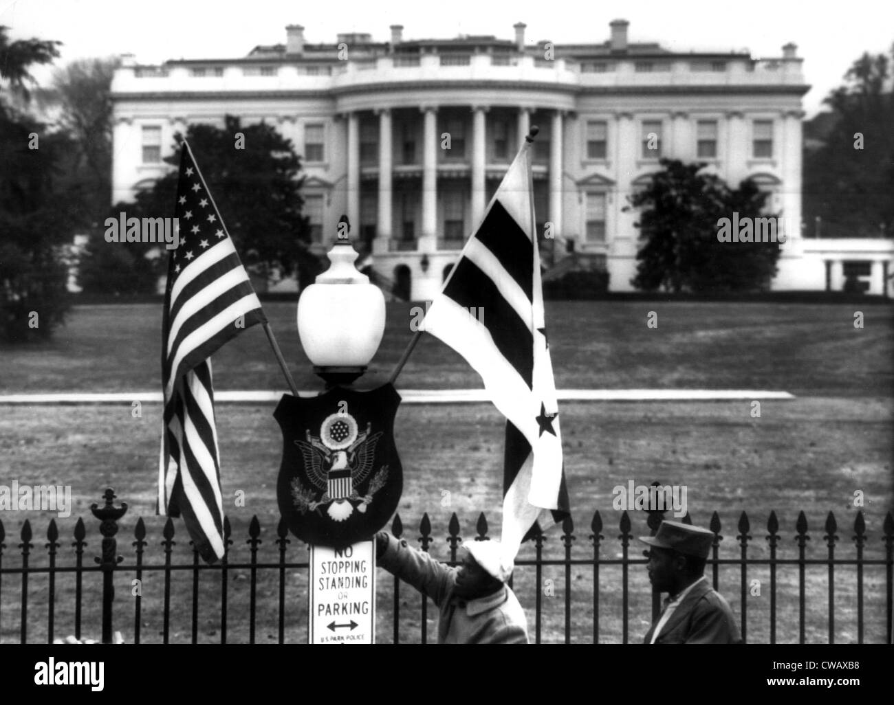 US & District of Columbia flags decorate the grounds of the White House, 3/11/55. Courtesy: CSU Archives / Everett - Stock Image
