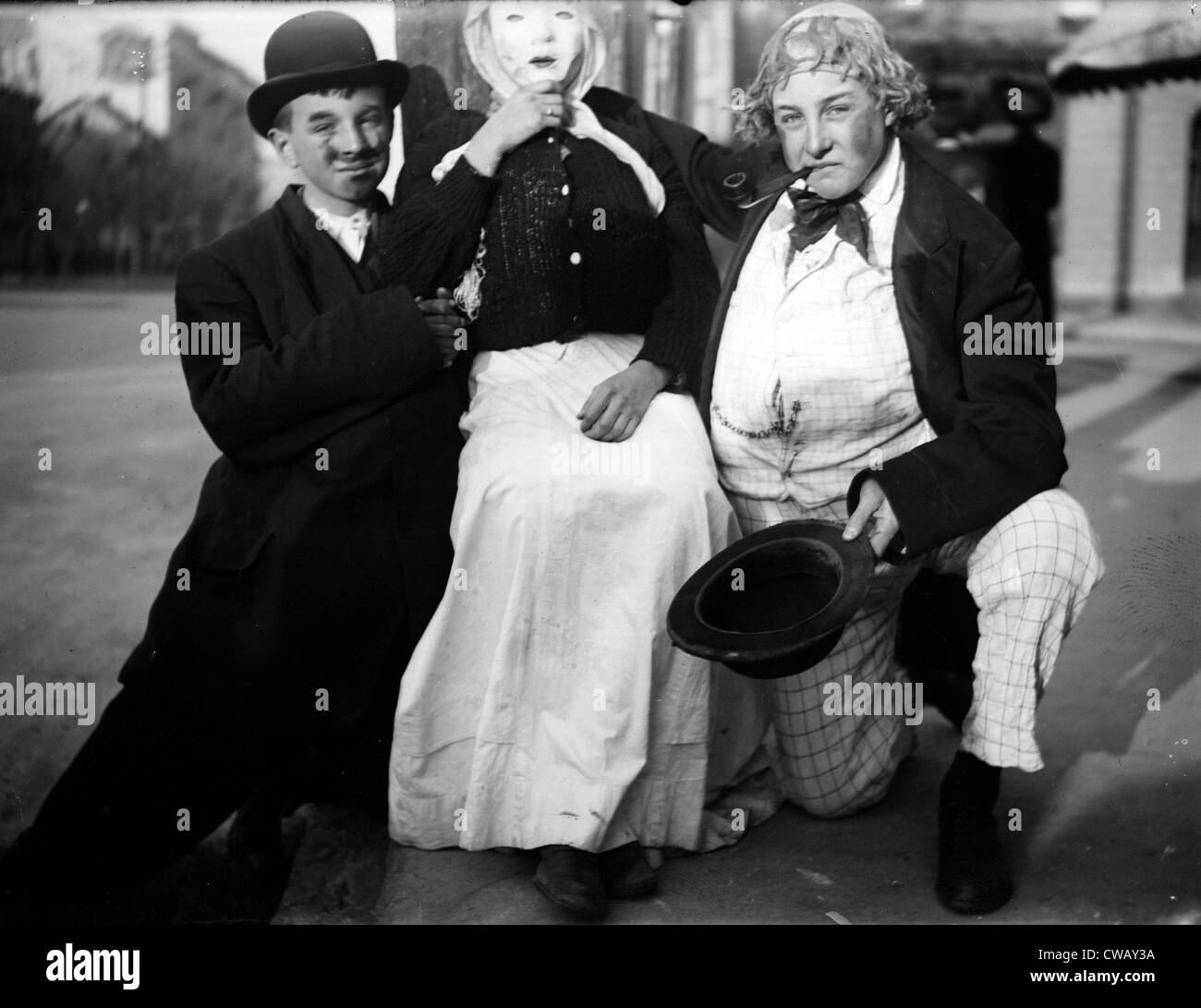 Halloween family dressed in costumes circa 1930s.  sc 1 st  Alamy & Halloween family dressed in costumes circa 1930s Stock Photo ...