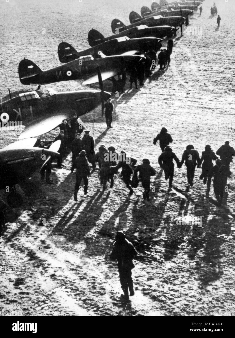 World War II, British Royal Air Force pilots running to their fighter planes during the Battle of Britain, 1940. - Stock Image