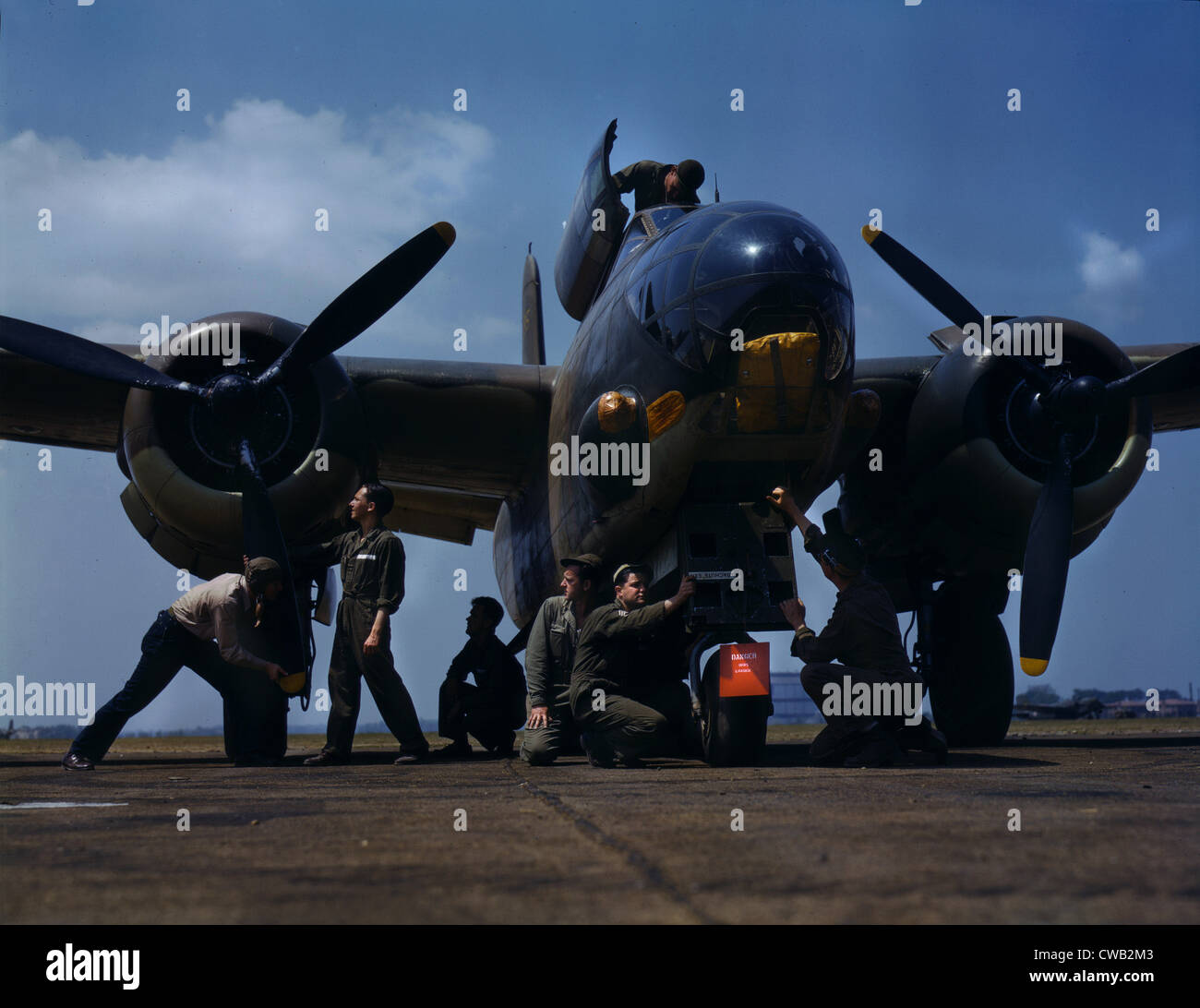 World War II, servicing an A-20 bomber, photograph by Alfred T. Palmer, Langley Field, Viginia, July, 1942. - Stock Image
