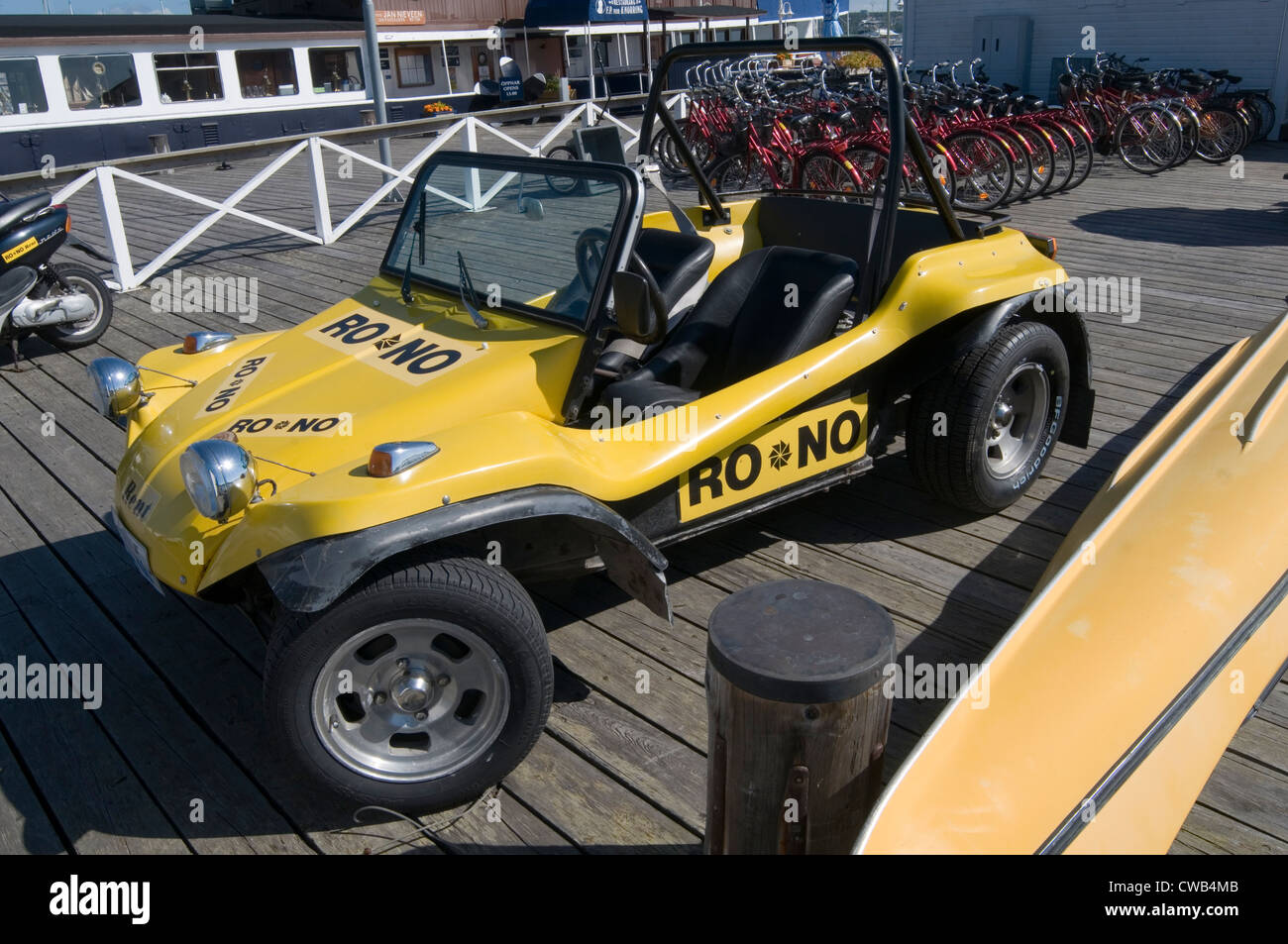 beach buggy buggies vw beetle kit car cars - Stock Image