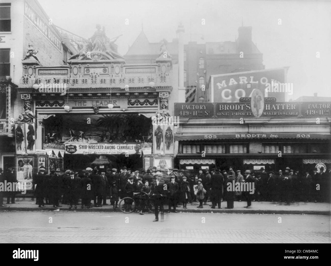 Movie theaters, Lust's Leader Theater, showing SHIPWRECKED AMONG CANNIBALS, Washington DC., photograph 1920. - Stock Image