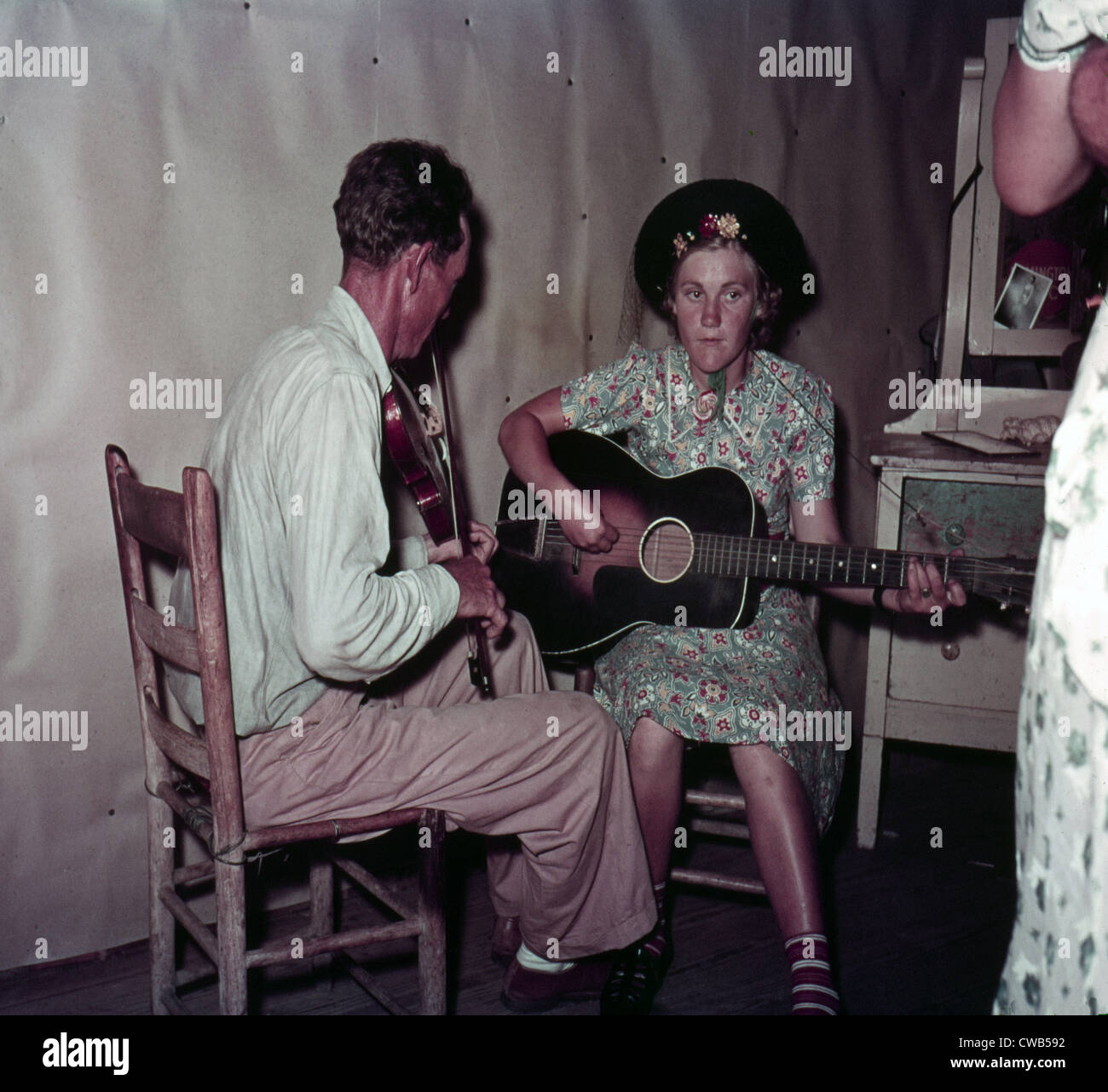 Folk Music. Orchestra at square dance in McIntosh County, Oklahoma, Lee Russell, photographer, 1939 - Stock Image
