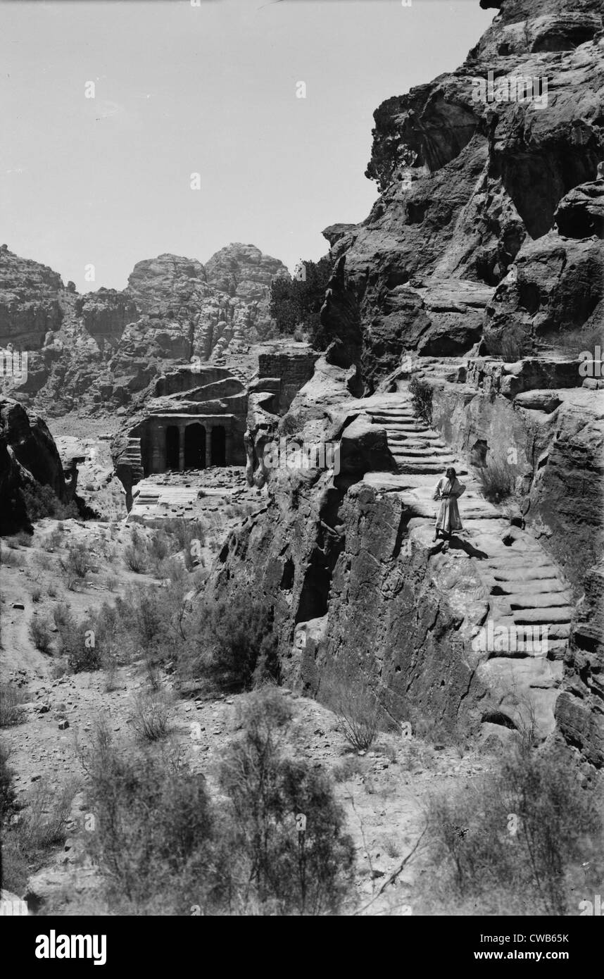 Mount Sinai, Trans-Jordan. Petra, stairway to the great high place and funeral chapel, circa 1898-1946 - Stock Image