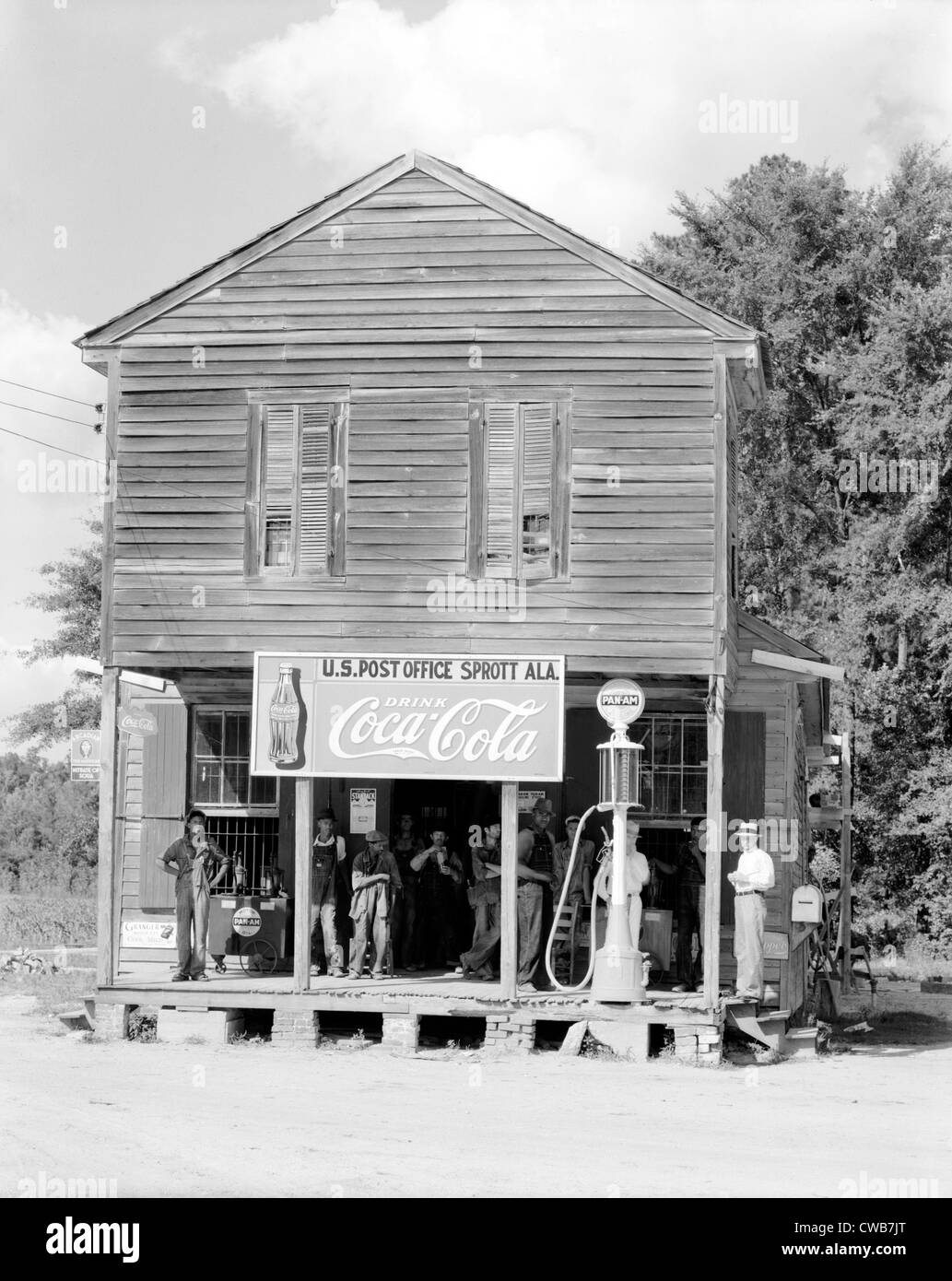 Crossroads General Store and Post Office, Sprott Alabama. Published in the book, 'Let Us Now Praise Famous Men'. - Stock Image