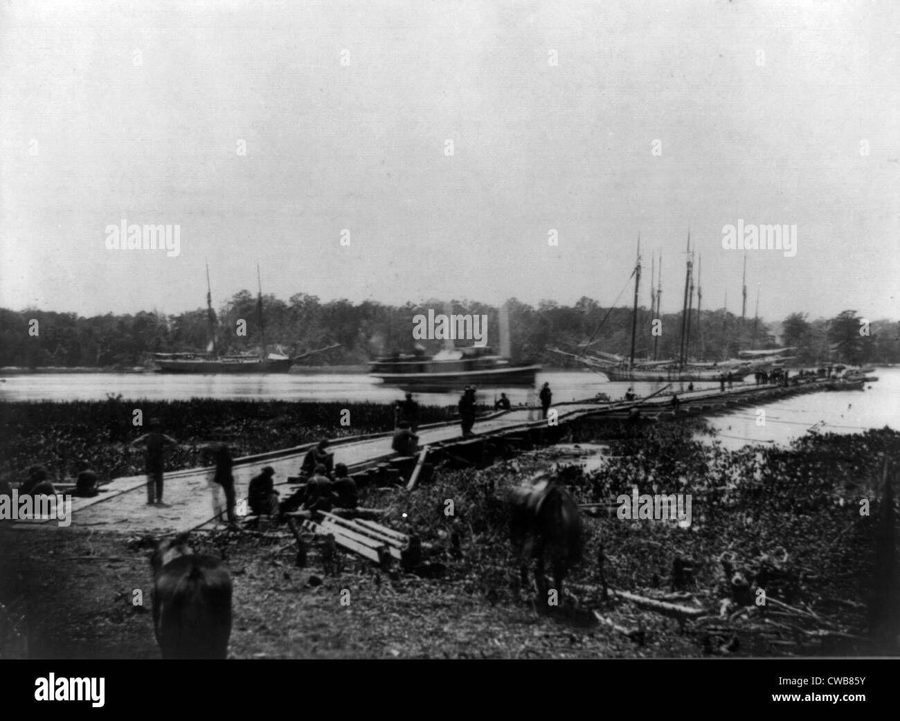 The Civil War. Pontoon bridge across the James River, Virginia. 1864 Stock Photo