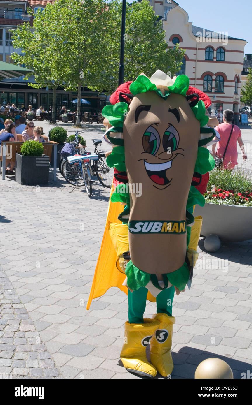 subway mascot costume sandwich sandwichu0027s chain man dressed up mascots cooperate - Stock Image & Mascot Costume Stock Photos u0026 Mascot Costume Stock Images - Alamy