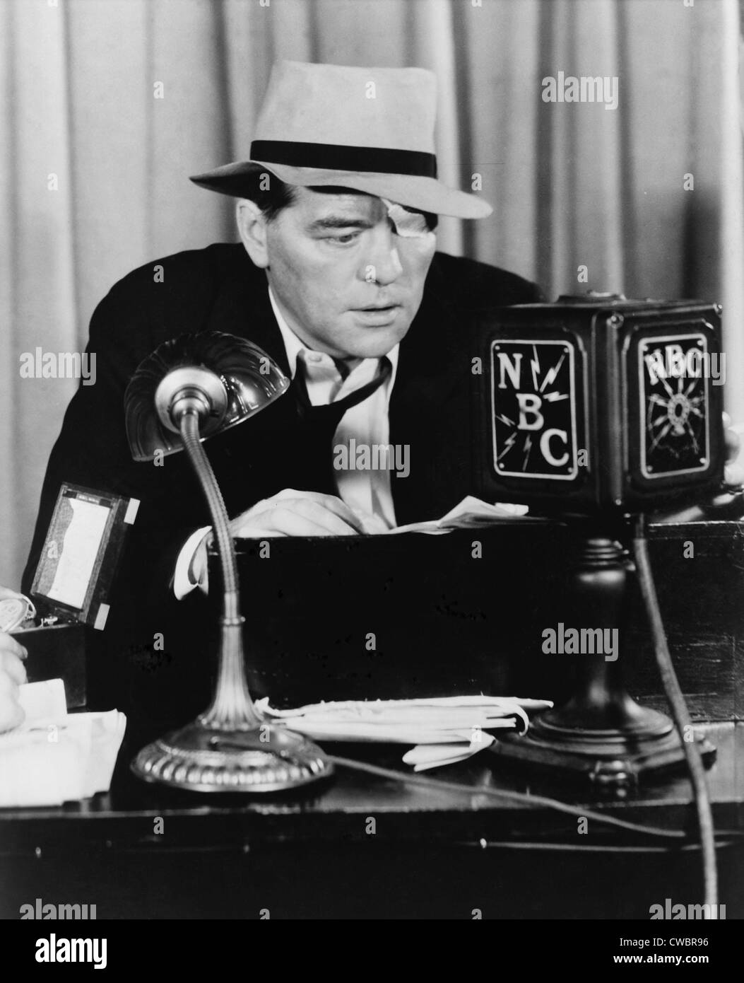 Floyd Gibbons 1887 1939 Broadcasting News Into NBC Radio Microphone In 1930 Won Fame As A War Correspondent Who