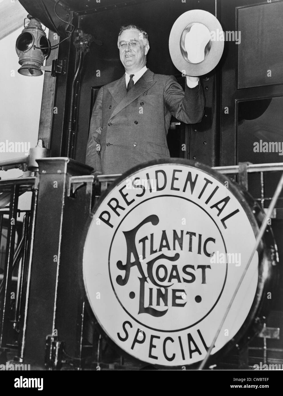 President Franklin D. Roosevelt, leaving Washington, D.C. for Florida, waving goodbye from the rear of the Atlantic - Stock Image