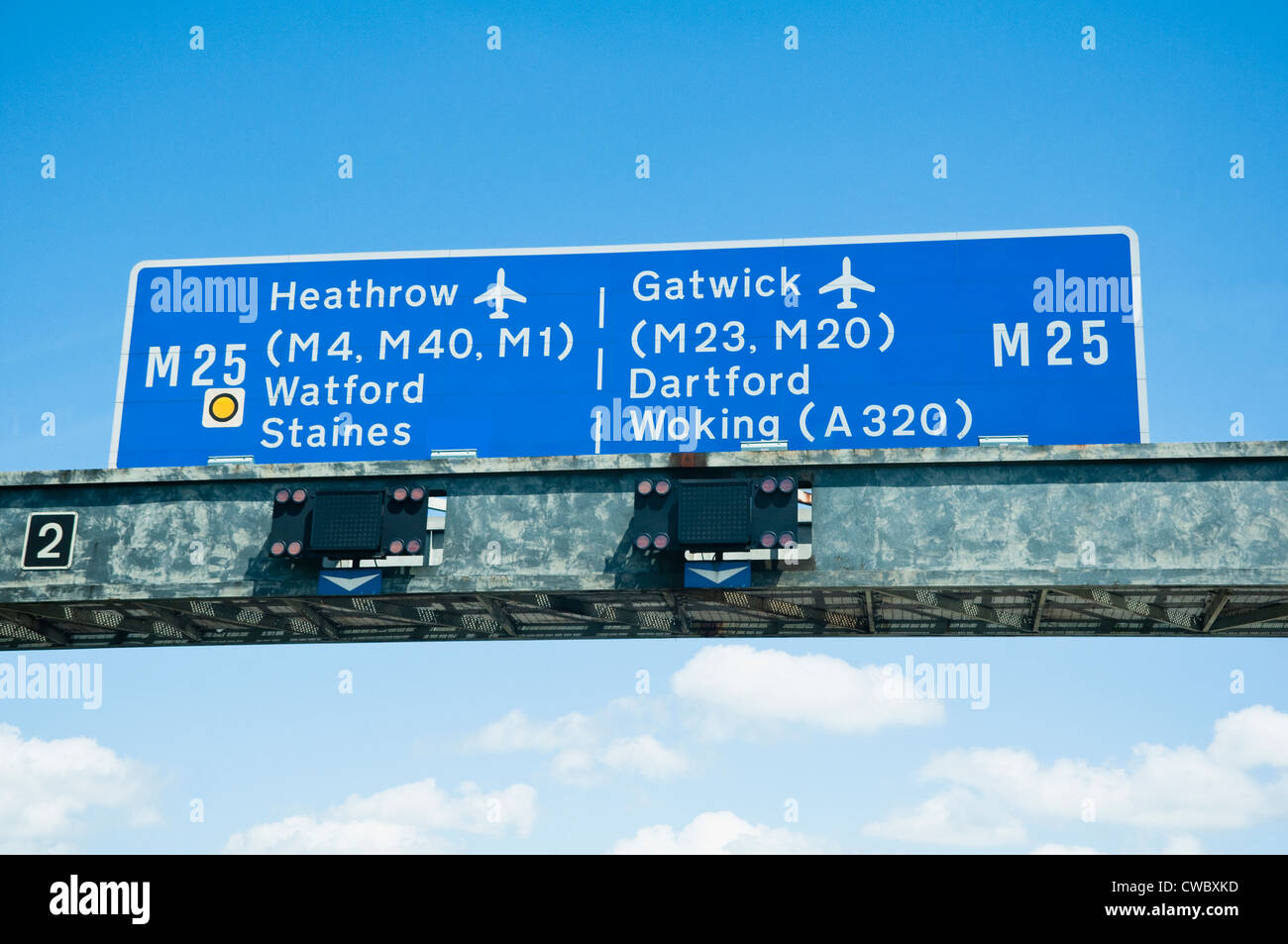 Motorway Sign on the M25 for Heathrow and Gatwick Airports.  UK - Stock Image
