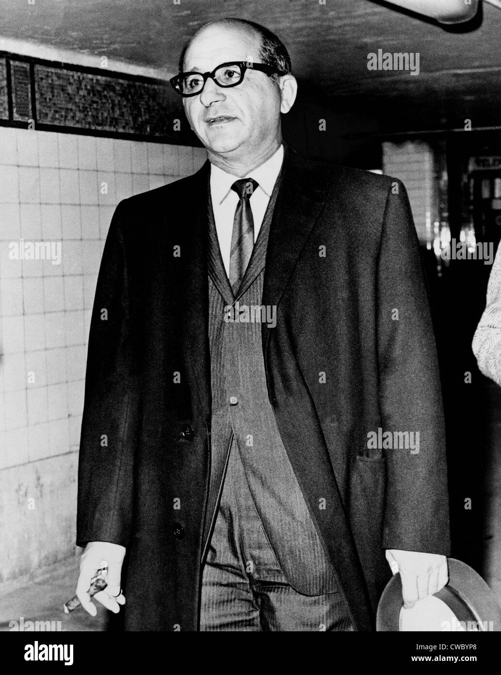 Sammy Giancana (1908-1975), American mobster and boss of the 'Chicago Outfit', leaving the Federal Building - Stock Image